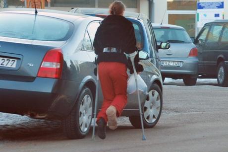 Neįgalus