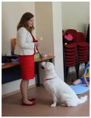 Jonaistė su šuniu
