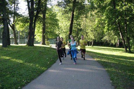"""Bėgimas """"Už blaivią ir sveiką Lietuvą"""" Kėdainiuose."""