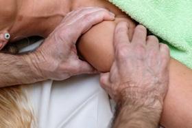 Peties masažas