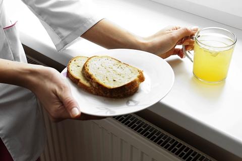 Duona ir kompotas