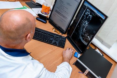 Radiologas dirba