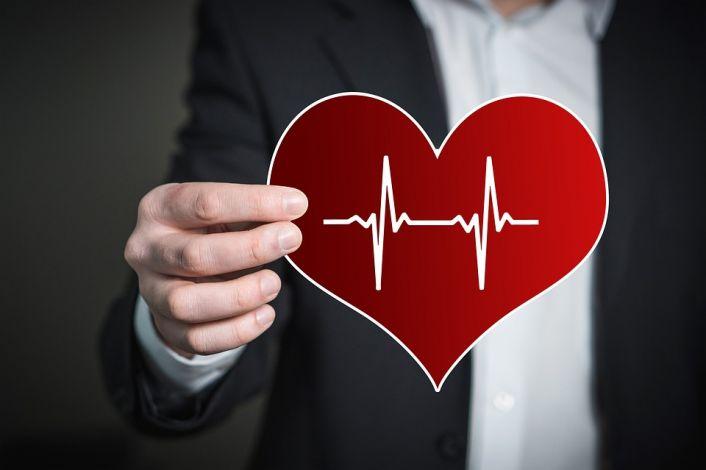 Širdies ritmo sutrikimai – įspėjimas apie būtiną pagalbą