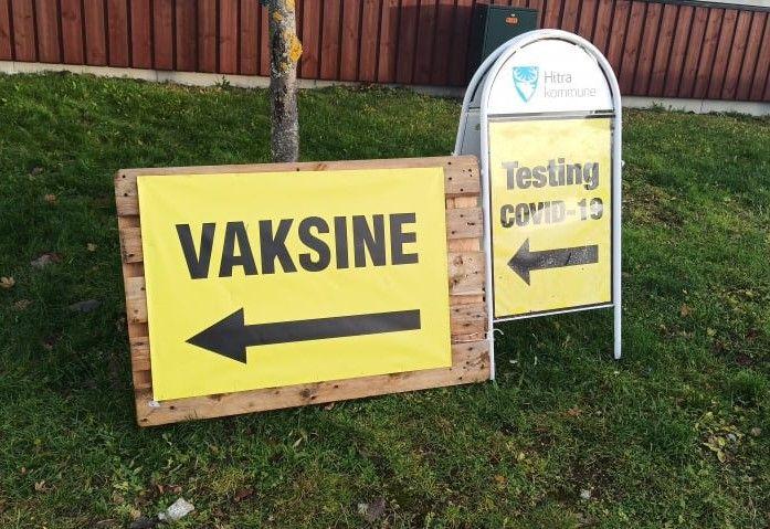 Rodyklė į vakcinacijos centrą Norvegijoje