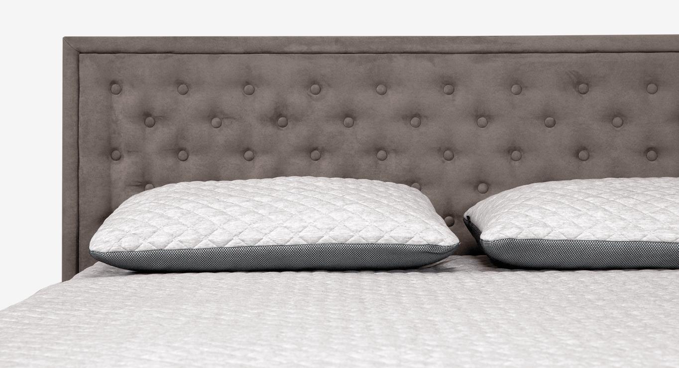 Pagalvės ant lovos