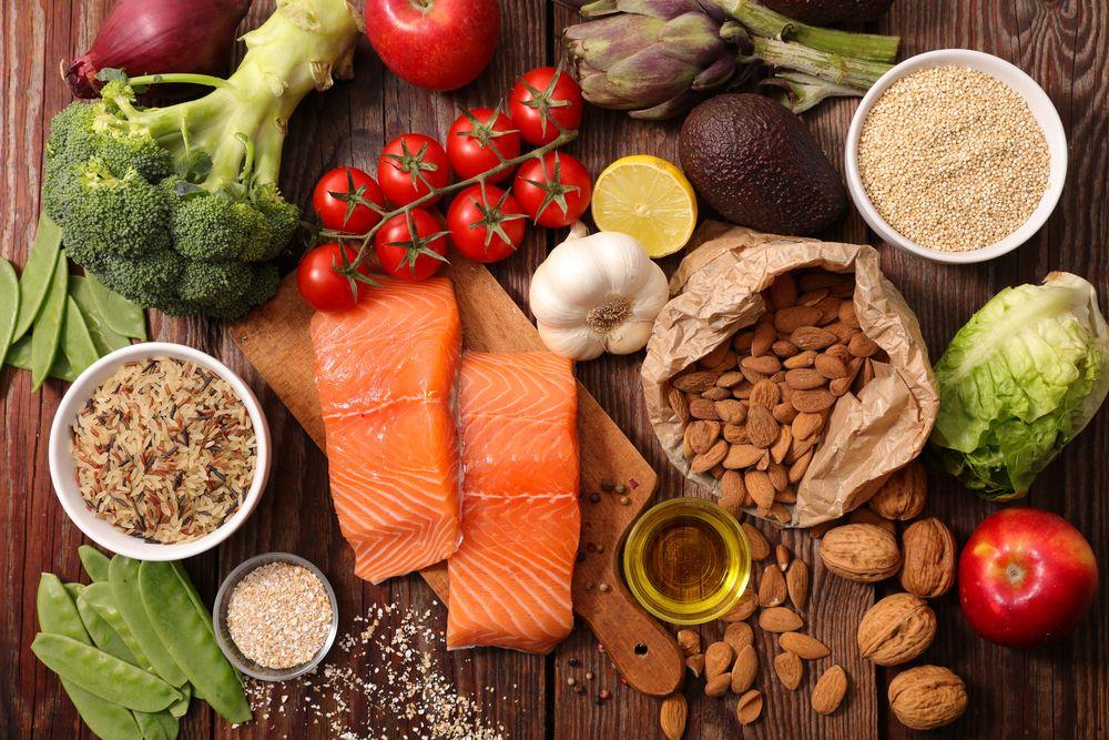 Daržovės, žuvis, riešutai ir kitas sveikas maistas