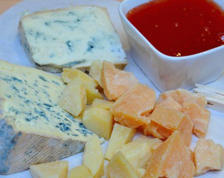 ar įmanoma valgyti sūrį su hipertenzija)