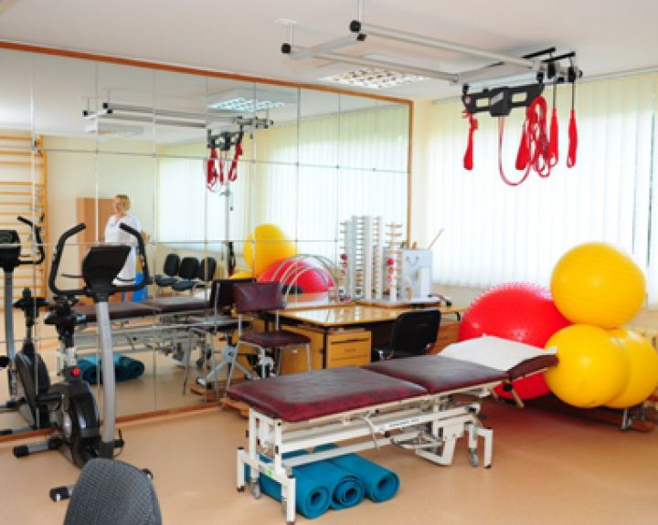 sporto salės pratimai sergant hipertenzija